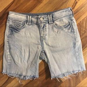 ⭐️SALE⭐️White House Black Market Bermuda Shorts